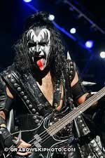 KISS Conquers The Midwest