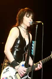 Joan Jett still lovin' that Rock and Roll