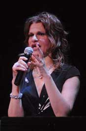Sandra Bernhard photo by Dan Locke, Lakeshore Theater Chicago, February 14, 2010
